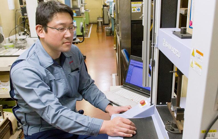 ゴム製品の検証・実験
